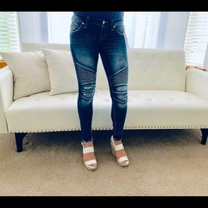 NWT Rock Revival Moto Skinny Jeans Made Vietnam